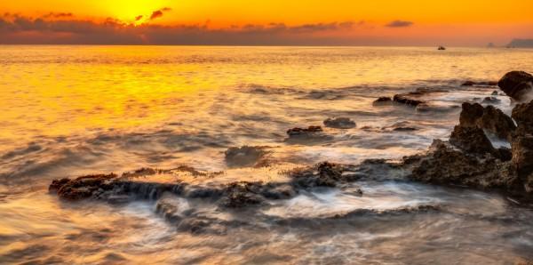 Magnettafel Pinnwand Bild XXL Panorama Brandung Felsen Strand