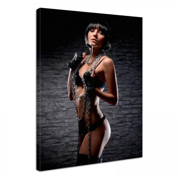 Leinwand Bild Erotik Sexy Lady in Ketten