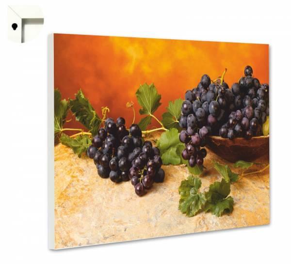 Magnettafel Pinnwand Küche Blaue Weintrauben an der Weinrebe