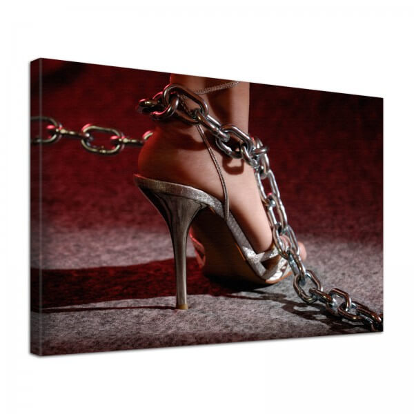 Leinwand Bild Erotik High Heel in Ketten