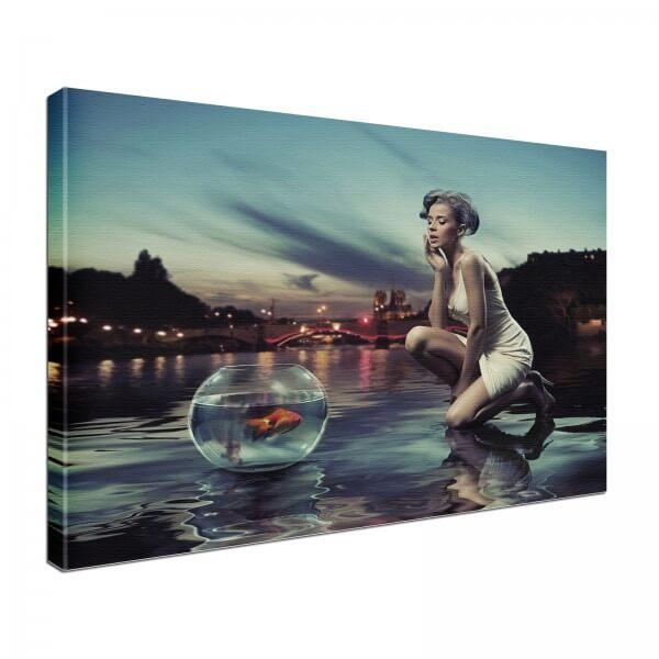 Leinwand Bild edel Lady Model Fisch